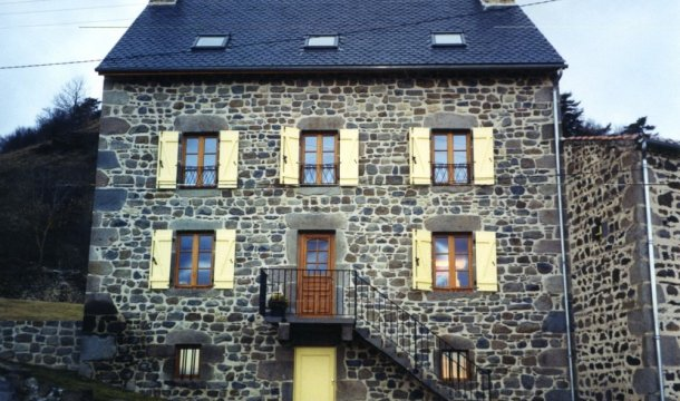 Fenêtres sur mesure isolante à petit bois Saint-Nectaire